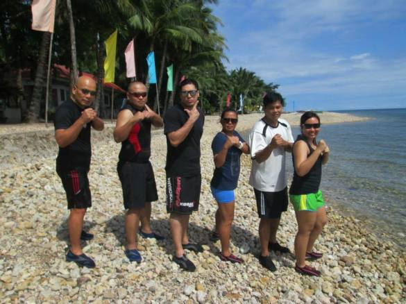 Applied Eskrima Manila by the beach